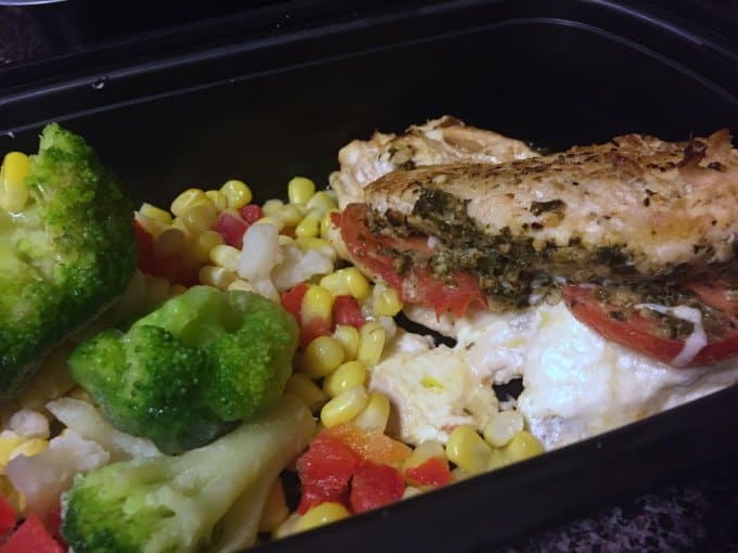 chicken pesto chicken meal prep dish